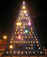 pacman-xmas-tree.jpg